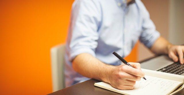 איך לעזוב את מקום העבודה ולשמור על יחסים טובים?